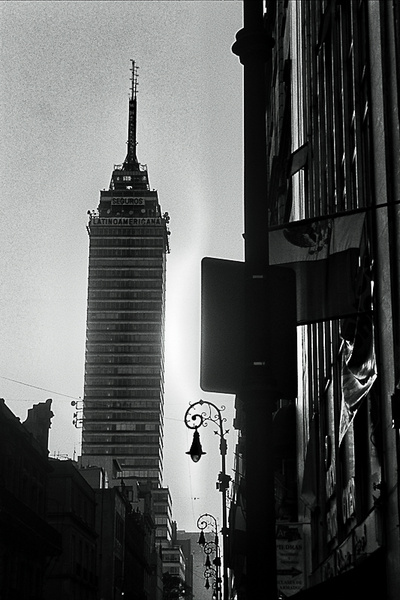 La Superviviente. Torre Latinoamericana