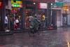 Lluvia en Pekin VII – Camuflaje para lluvia