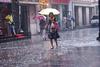 Lluvia en Pekin VIII – De compras lloviendo